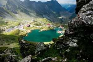 Lake Balea is at the end of Transfagarasan Highway.